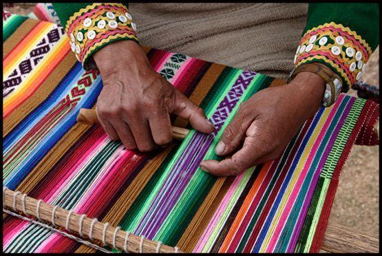 Trabajo textil andino. ¡Bellísimo!