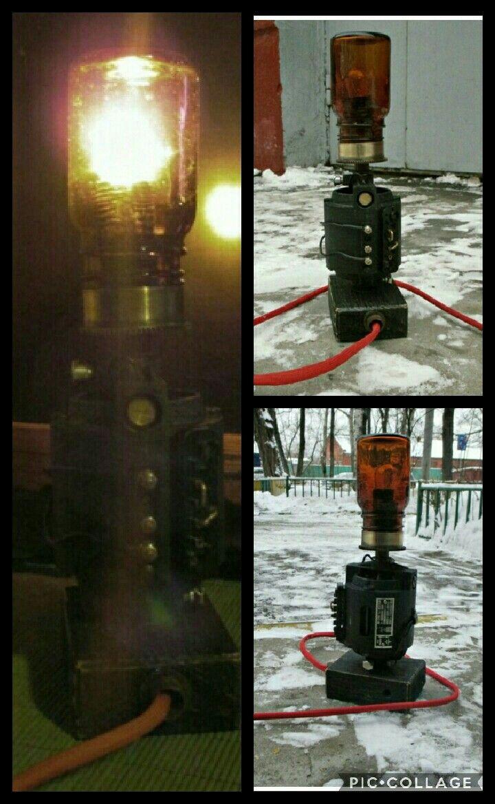 Настольная лампа.Дизельпанк.Цена 2000.xoxa.79.79@mail.ru