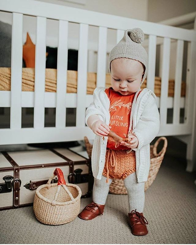 I love these little nursling onesies for summer but they also work well layered! For all my customers in the Southern Hemisphere 😏 it was 90 here yesterday and this photo is making me hot 😂 📷: @babyfinn.george (ps you guys killed it with the summer sale! Don't forget you can also get 10% off if you sign up for my newsletter, in case you missed the sale)