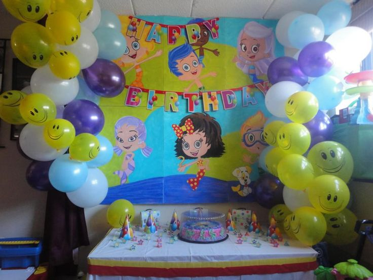 123 best birthday decorations images on pinterest for Bed decoration with balloons