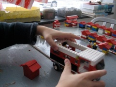 Bussommen met lego.