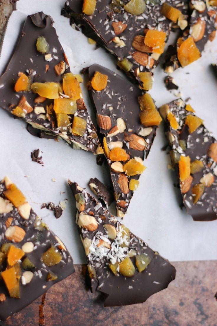 Nibble oncreamy dark chocolate bark from our friend,Dietitian Debbie Dishes. It's simply made by melting dark chocolate, and adding in your favorite nut and dried fruits. These homemade treats ar...