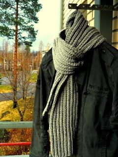 """Knit 'n Pearl: """"Tunturineule"""" scarf & cap"""