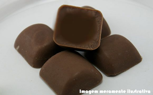 Receita de bombom de chocolate para a fase cruzeiro dukan.