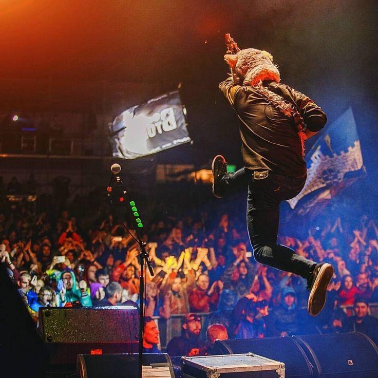 I'm always love his jump! photo by:@ah_morozova #mwam #manwithamission #kamikazeboy #ボイさん #カミカゼボイ