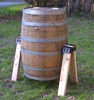 Wooden barrel compost turner