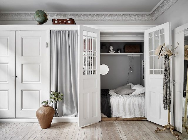 Best 25  Bed in closet ideas on Pinterest   Closet bed  Bed in and Closet  bed nook. Best 25  Bed in closet ideas on Pinterest   Closet bed  Bed in and