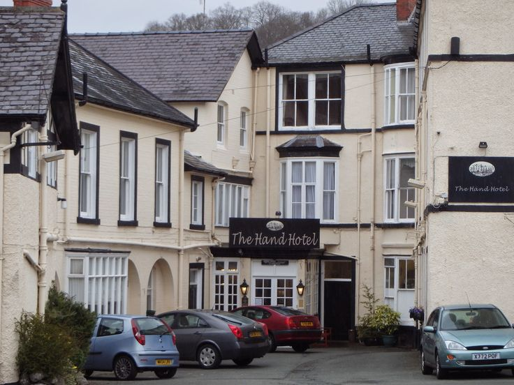 The Hand Hotel in Llangollen, Wales