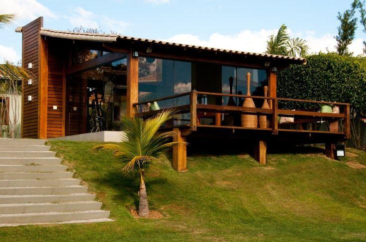 Buscá imágenes de diseños de Casas estilo rural de NATALIE TRAMONTINI ARQUITETURA E INTERIORES. Encontrá las mejores fotos para inspirarte y creá tu hogar perfecto.