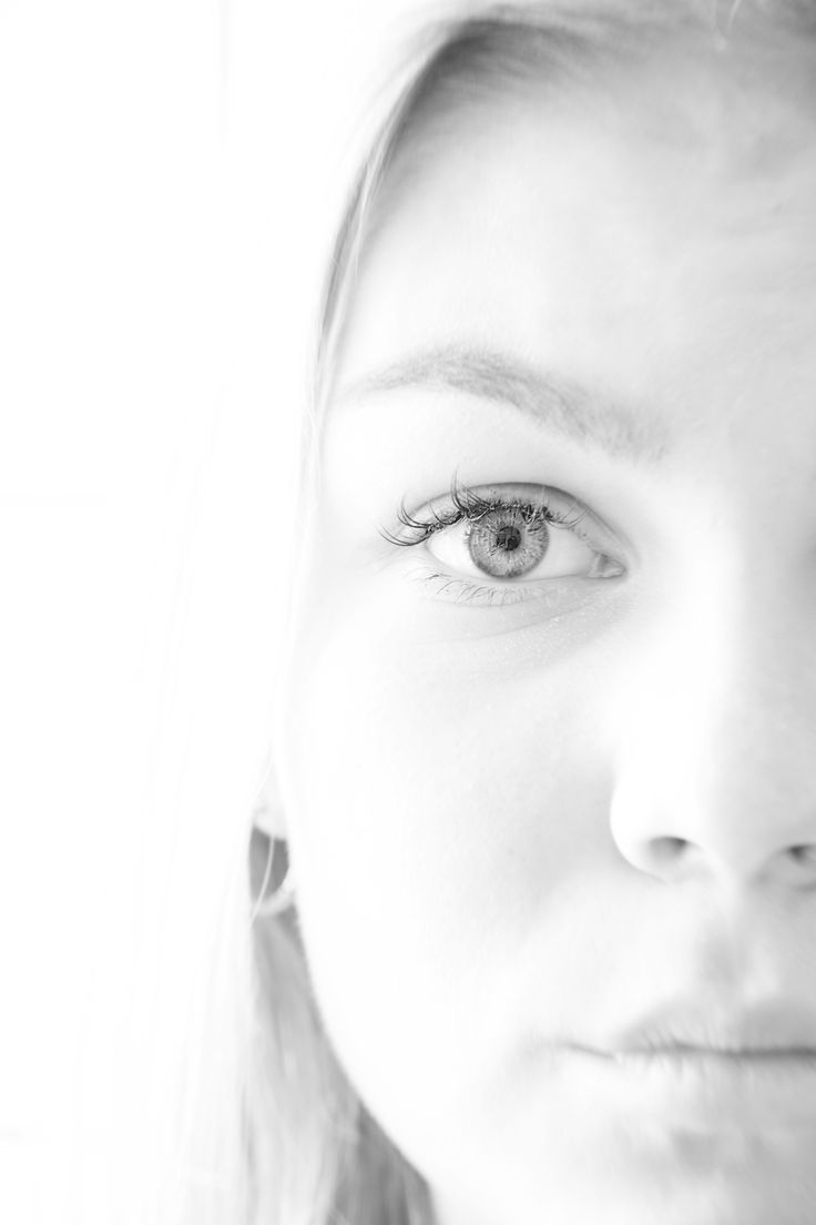 High Key #highkey #light #portrait #girl #eye #eyelash #vilmamoquist