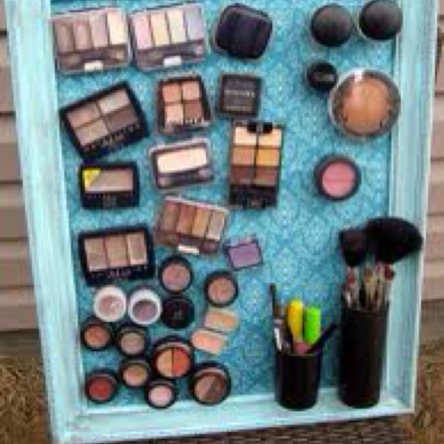 Love this idea: Diy Ideas, Makeup Magnets Boards, Beautiful Stuff, Magnets Makeup Boards, Itemmakeup Boards, Make Up Boards, Makeup Organizations, Diy Makeup, Diy Projects