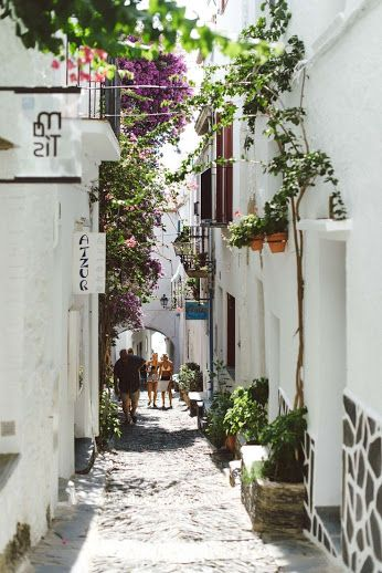 who wouldn't want to stroll down the streets of Cadaqués ? <3 #Spain