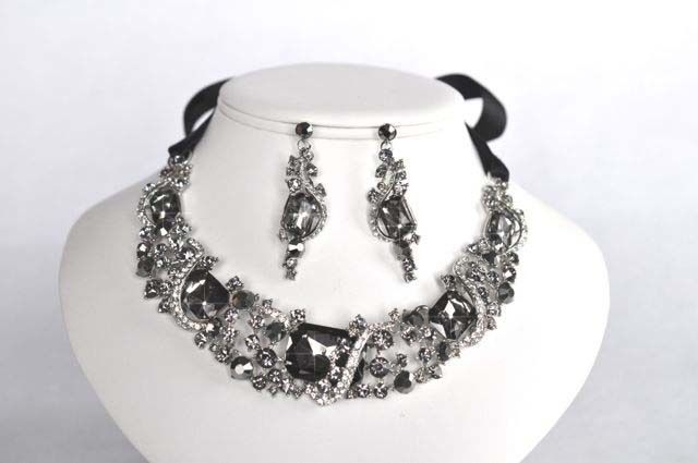 CLEARANCE Black Diamond Crystal Statement Necklace Earring Set (Sparkle-1506-U)