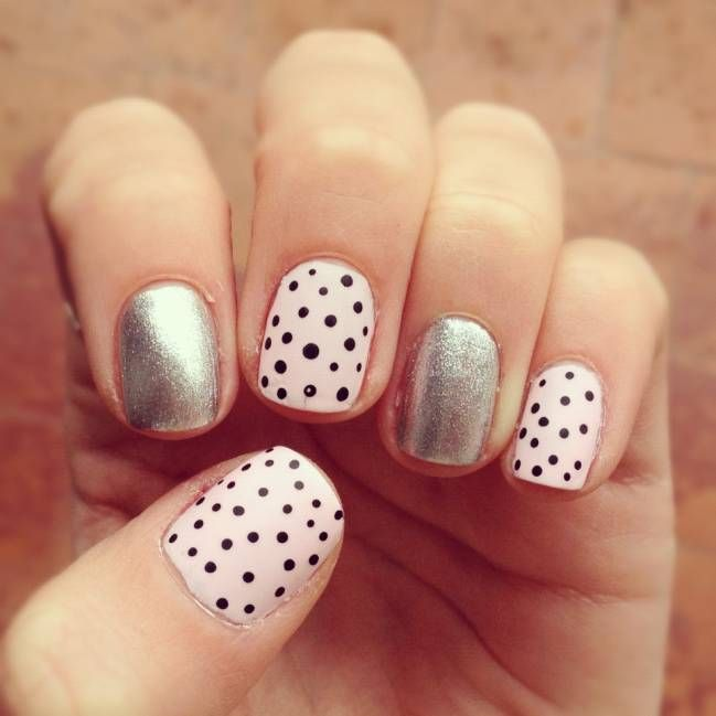 Amazing nails!! I would only do the ring finger silver, tho, cooler.