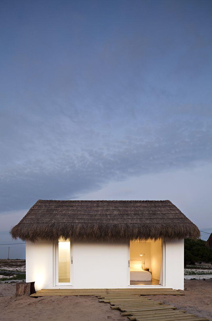 Casas na Areia Portugal Project by Aires Mateus // http://www.casasnaareia.com