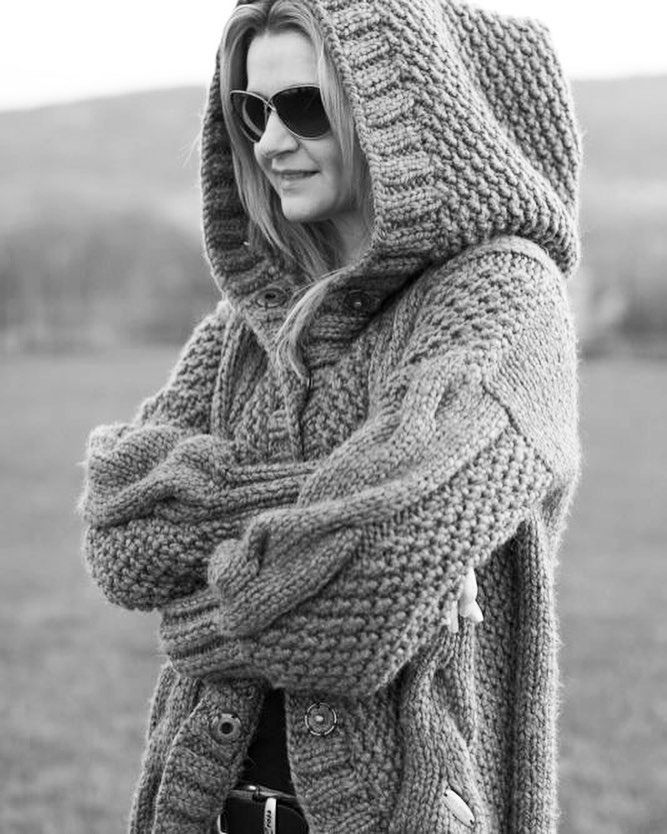 With mountains around🌁🌁🌁 Handmade by LaGosh My Passion #lagoshmypassion #handmadebylagoshmypassion #cardigan #handmade #handknitted #handknitting #handmadewithlove #handmadesweater #knit #knitted #knitter #knitting #knitwear #knitstagram #instaknit #knitdesign #knitdesigner #knitpattern #knitweardesigner #kniting_inspiration #fashion #fashionblog #fashiongram #fashionblogger