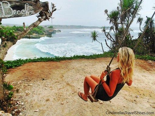 Swing of Dream Beach in Lembongan