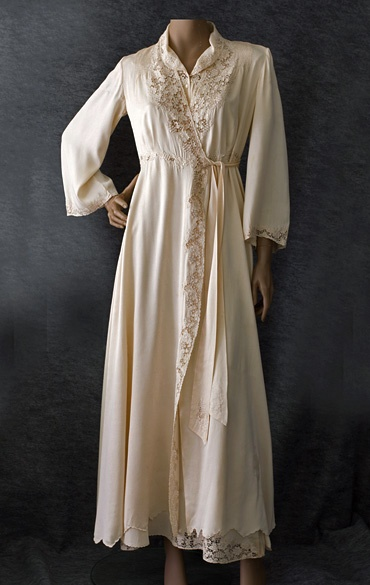 Peignoir and nightgown set, 1940s