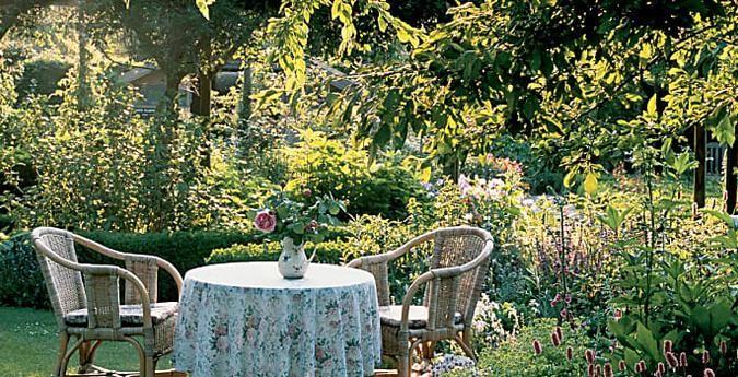 Garten Fur Faule Viel Spass Wenig Arbeit Pflegeleichter Garten Garten Gestalten Vorgarten Modern