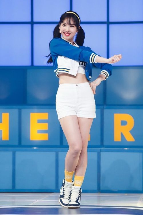 Abs Twice And Mina Resmi Twice Nayeon