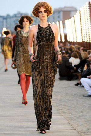 RANDOM MEMORIES  Karl Lagerfeld  Historia de un vestido, Delphos de Mariano Fortuny