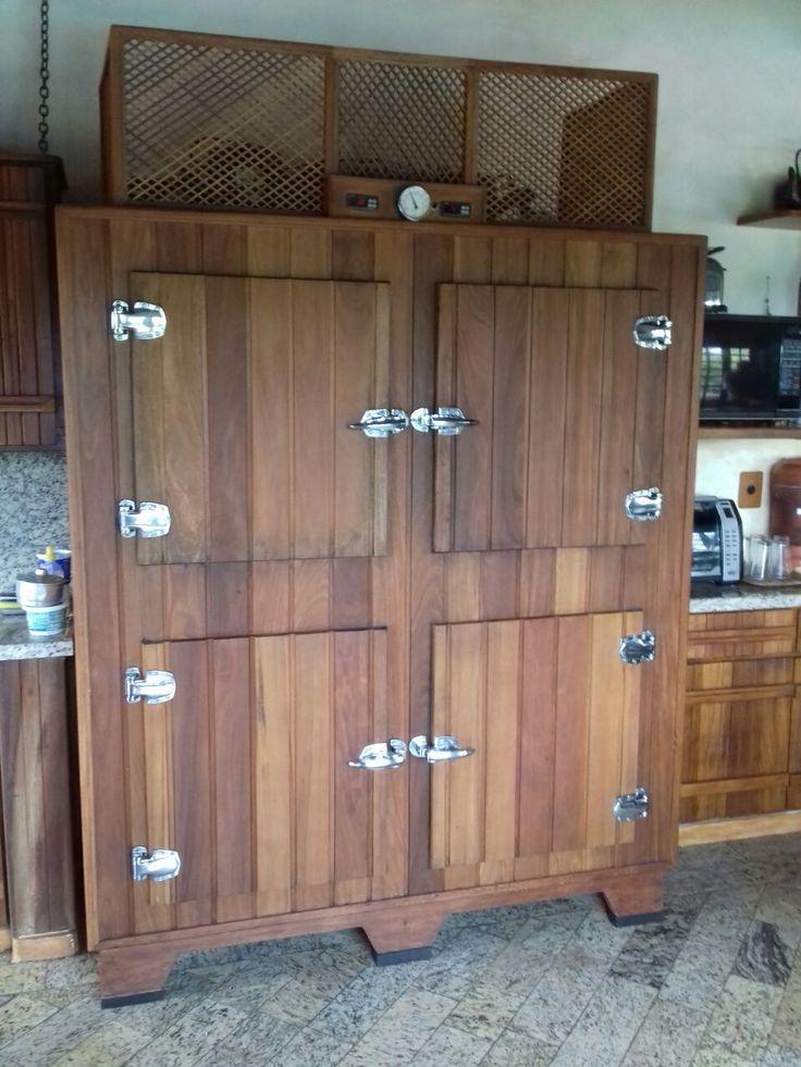 Instale um balcão refrigerado sob medida que combine com a arquitetura de seu espaço gourmet. Contato: refriar.araraquara@gmail.com