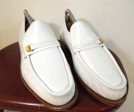 Mens Slip-On Leather Shoes with Shoe Tree White by ReneesRetro