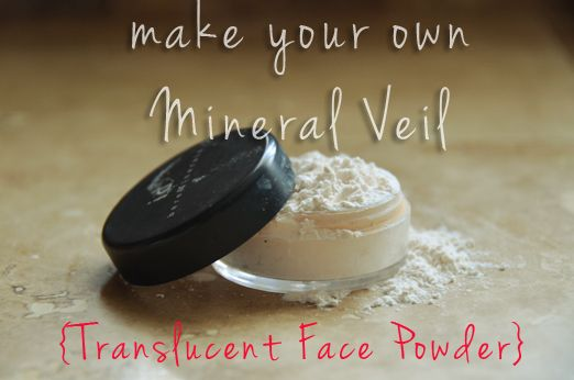 Make your own mineral Veil (Translucent Face Powder) with Cornstarch, Baby Powder and Powder Foundation