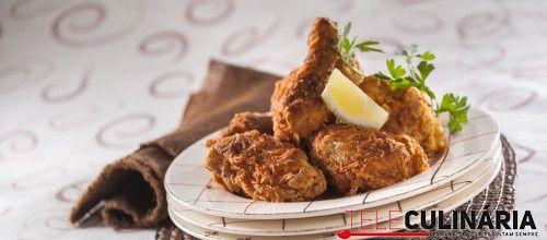 Receita de frango frito com molho de limão. Descubra como preparar esta receita de frango frito de maneira prática e deliciosa com a TeleCulinária!