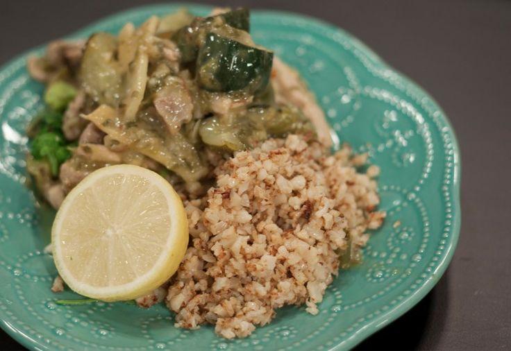 Green Chicken Curry with Cauliflower Rice