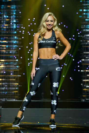 You can tell that Miss North Carolina Teen USA 2016, Emily Wakeman, has put in some work on her core! She looks great in her athlesiure wear on stage during the preliminary competition of Miss Teen USA.  The abs are like any other muscle group. You have to work them out so they will grow and can be seen better. When combined with a well-planned pageant diet, this is the formula for swimsuit success! Growing your abs means challenging them rather than mindlessly doing endless crunches.  So…