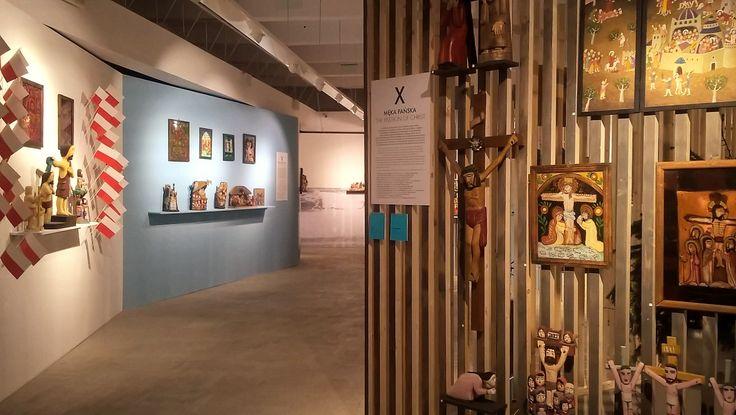 """Wystawa """"Biblia Pauperum"""". Zabytki religijnej sztuki ludowej ze zbiorów muzeum oraz z nowo zakupionej kolekcji Andrzeja Delinikajtisa (dotacja MKiDN)."""