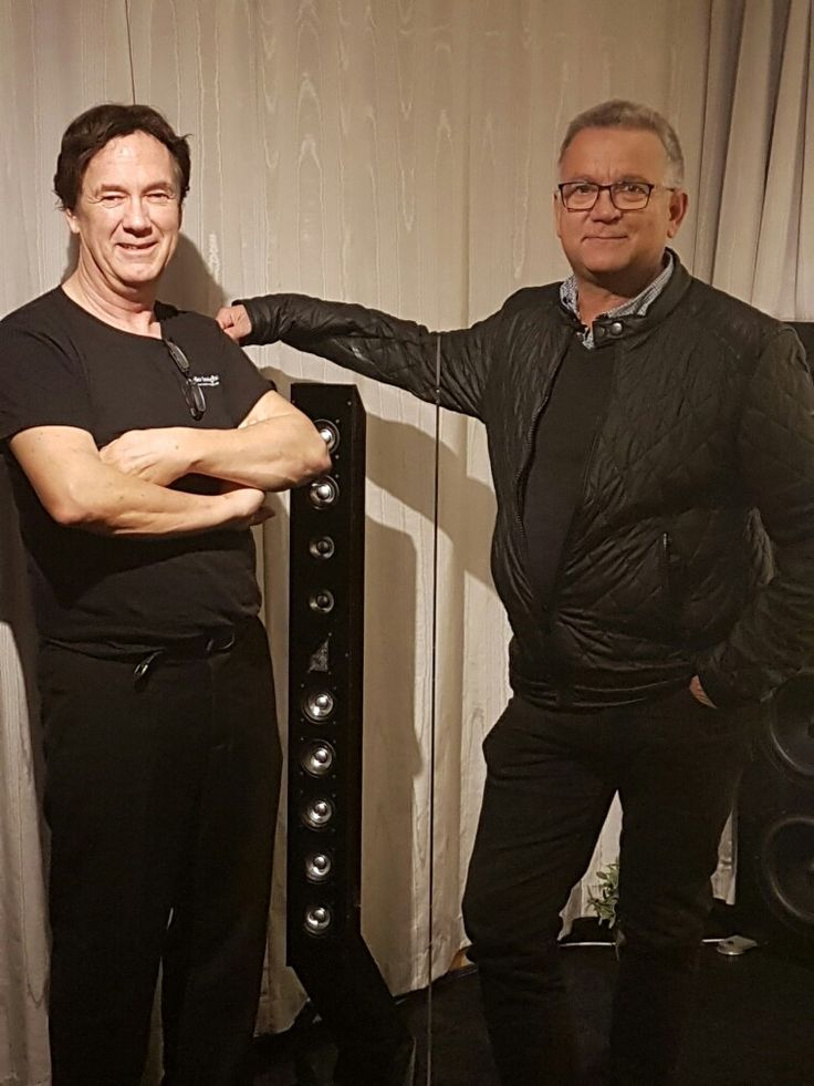 The gentleman to the left: An old friend and loudspeaker enthusiast: Geir Fredriksen ( Adyton and Audio Insight engineer/manager)  His loudspeaker Audio Insight model Q10 shown here is very popular, both for the good sound and high WAF. The right bloke: yours truly.