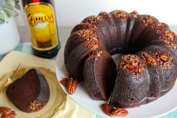 Kahlua Cake!  My sweet tooth is calling...time for a slice of my all-time favorite bundt cake.: Bundt Cakes, Kahlua Cakes, Recipe Desserts, Kahlua Bundt, Cakes Recipe, Sweet Tooth, Buntings Cakes, Daily Dishes, Food Cakes