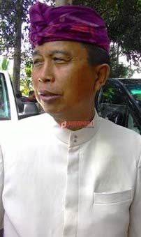 Soal Ranperda Penataan Toko Modern - http://denpostnews.com/2016/11/07/soal-ranperda-penataan-toko-modern/