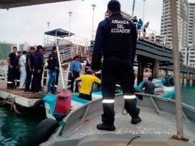 #Salinas| Activación de plan Salvamento de Búsqueda y Rescate (SAR) de pescador desaparecido 👉http://bit.ly/2sduOQ3 #FFAAContigo #montereylocals #salinaslocals- posted by Armada del Ecuador https://www.instagram.com/armada_del_ecuador - See more of Salinas, CA at http://salinaslocals.com