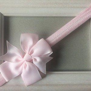 κορδέλα-ροζ-με-φιόγκο