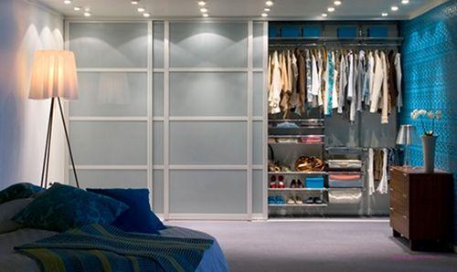 Garderober er mer enn et stusselig klesskap. Før du velger garderobe bør du analysere ditt behov. Med en god garderobeløsning får du orden i rotet.