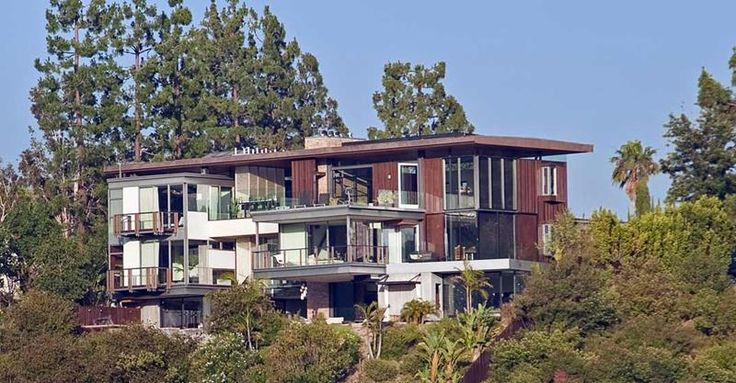 18 Pictures of Justin Bieber's $18 Million Hollywood Hills Home