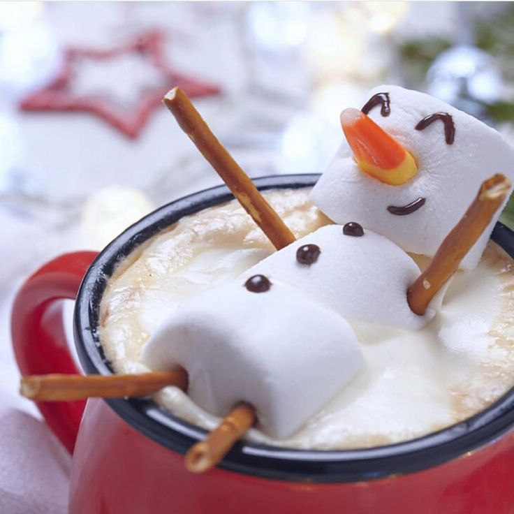 Tell me this is not the cutest way to serve a mug of hot chocolate!?! Makes me smile!! Image: @superkingmarkets