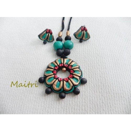 Terracotta Jewellery_Sea Green Hollow Flower