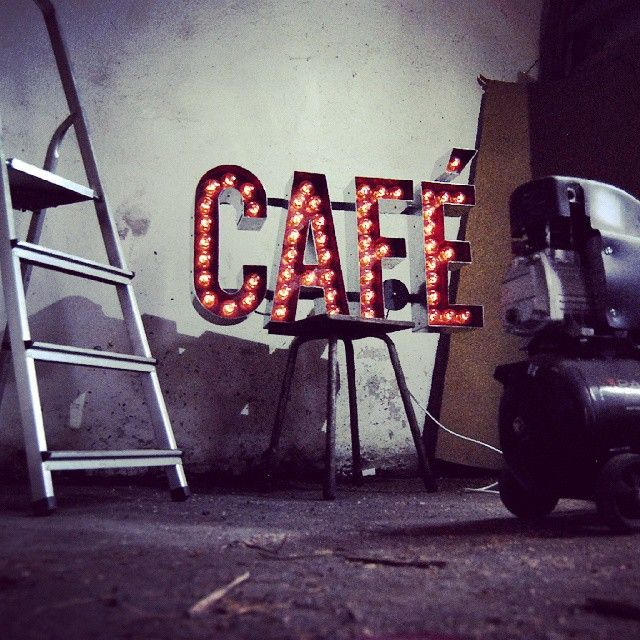 Café marquee light sign by Hernstag