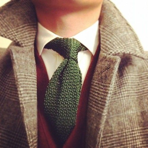 Green Knit Tie with white shirt, red vest, and overcoat.