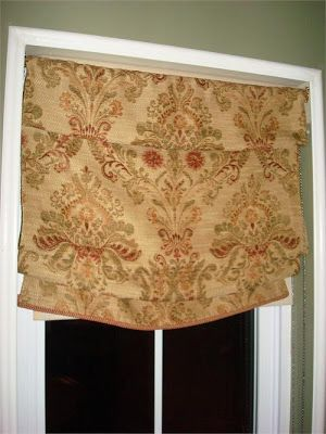 DIY no-sew roman shades from Thrifty Decor Chick - you won't believe how easy these are!