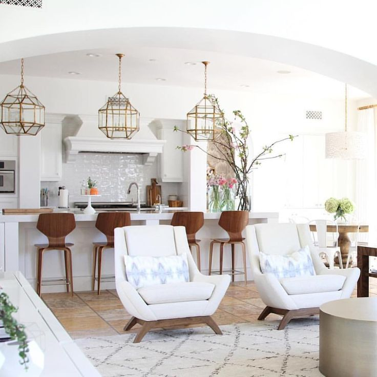"Love pendants and bar stools Becki Owens on Instagram: ""Talking statement lighting today on the blog. Loving these Morris lanterns from @circalighting -- more images + lighting picks on Beckiowens.com. #cidoproject collab with @nicoledavisinteriors"""