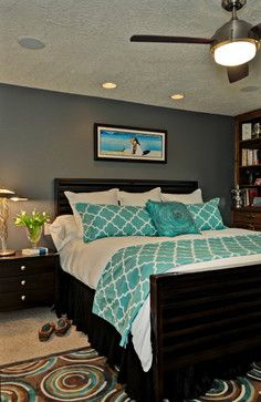 turquoise with lighter grey on walls. LOVE.