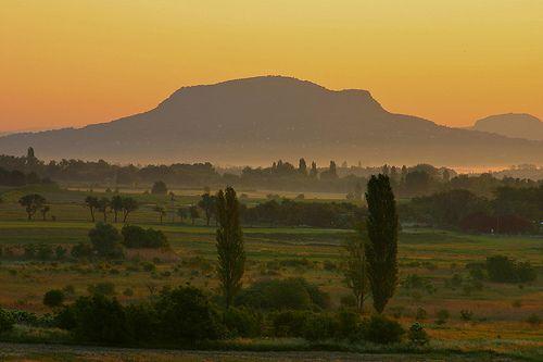 ...Szent György hegy, Tapolca közelében...