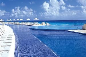 Live Aqua Cancun, Cancun How I wish I was there now... #cheapcaribbean #bucketlist