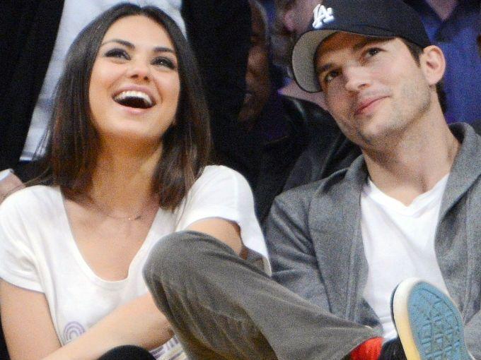 Ya es oficial, Mila Kunis y Ashton Kutcher son papás. La actriz dio a luz a su primera bebé el martes 30 de septiembre en el hospital Cedars-Sinai de Los Angeles al que ingresó desde las 6 de la mañana. Ya nació la bebé de Mila Kunis y Ashton Kutcher