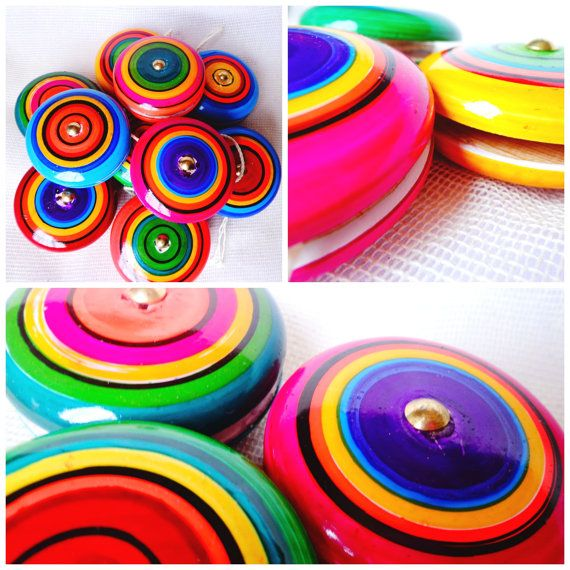 12 yo-yo wood toy//Mexican Folk Art Wood Toy Vintage Style//Mexican Fiesta Party Favor